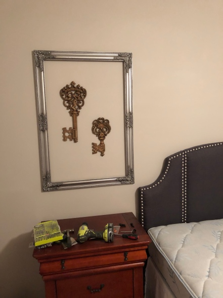 guest bedroom update - re-purpose old decor